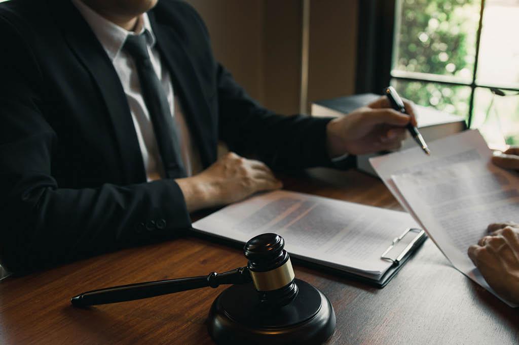 Zivilstation im Referendariat – Das erwartet Jura-Studierende
