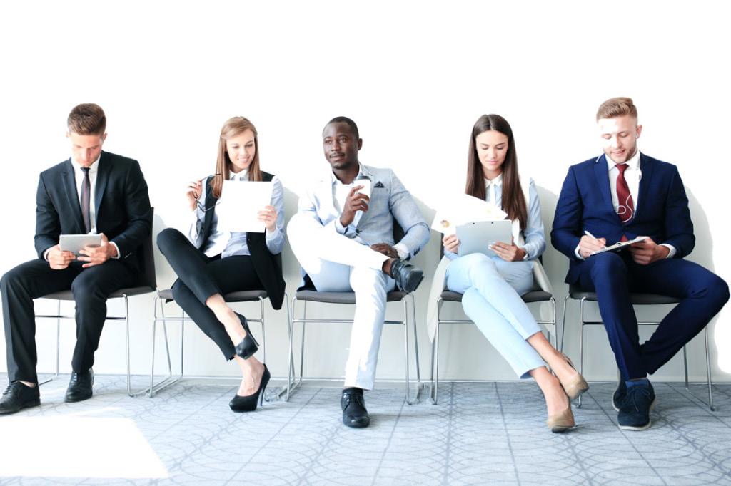 Pflichtpraktikum im Jurastudium: Meine Erfahrungen mit Bewerbung & Co.